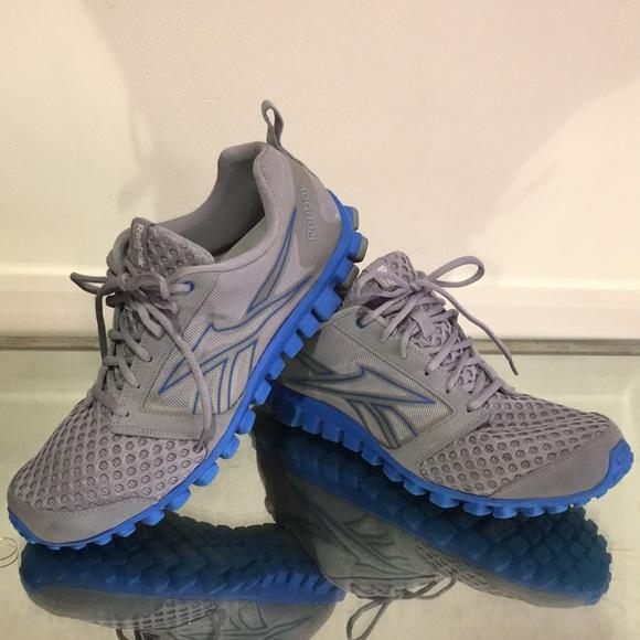 Men s Reebok Realflex running shoe. M 5a5ba7ba72ea8853e2eeb917 71189a0e8